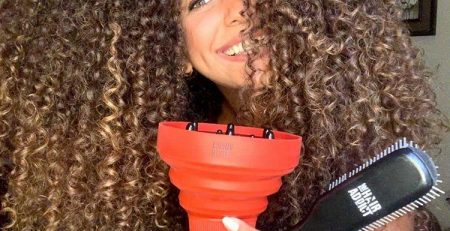 5 tips & tricks for defined curly hair