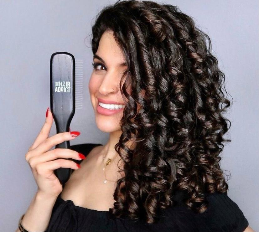 Curly hair definition brush